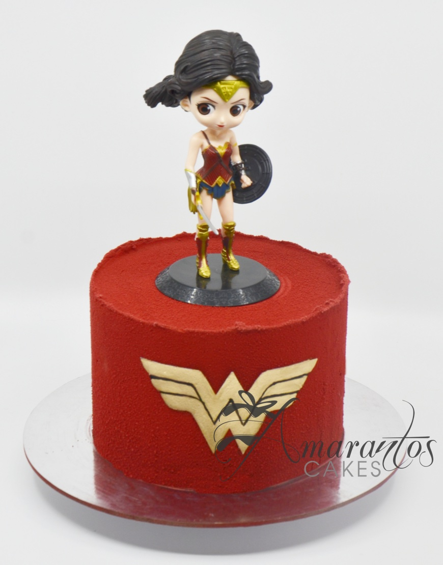 Small Wonder Woman Design Cake - AA24