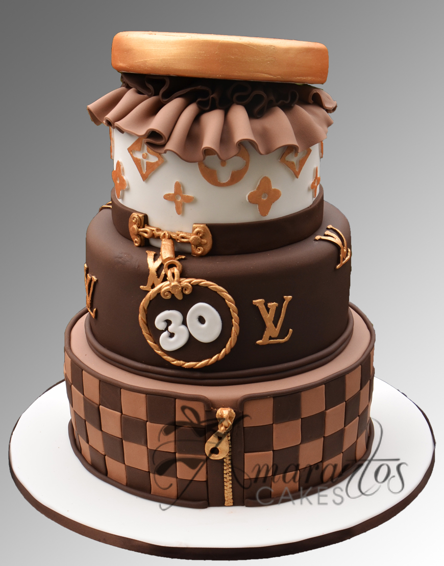 AC116 3 tier louis vuitton WM Amarantos Cakes