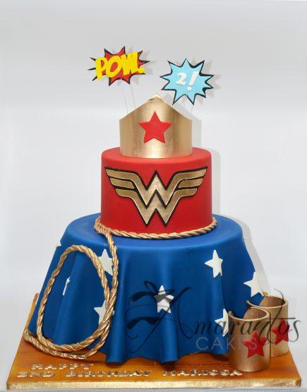 AC184 Wonder Woman Cake