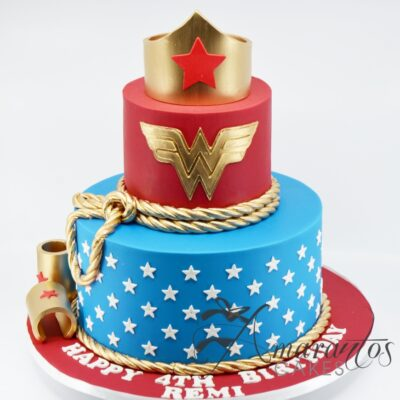 Wonder Woman Cake - AC185 - Amarantos Cakes