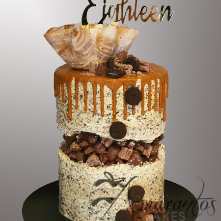 Three tier Fault line Drip cake – AC256