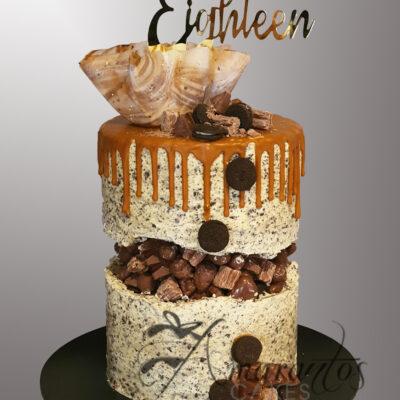 AC256 three tier fault line cake Amarantos Cakes