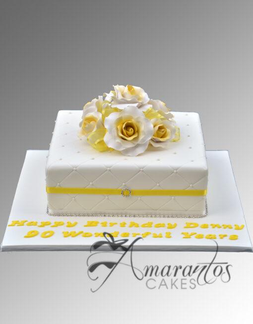 AC268 square with criss cross WM Amarantos Cakes