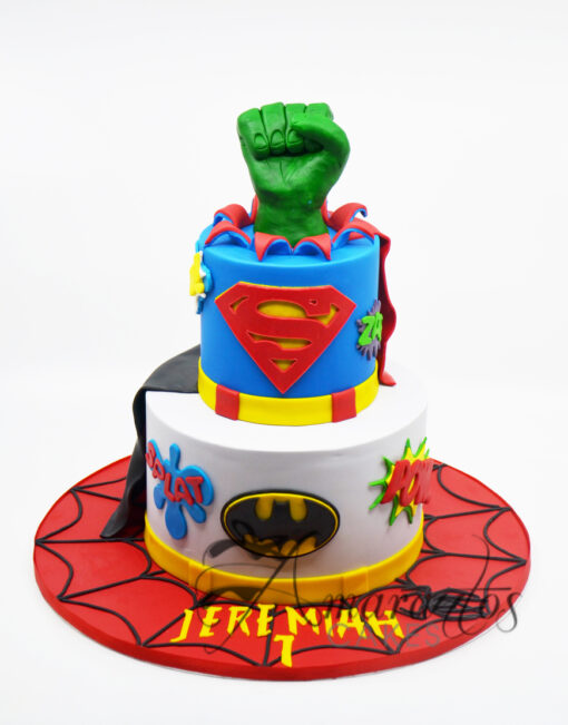 AC290 superhero marvel WM Amarantos Cakes