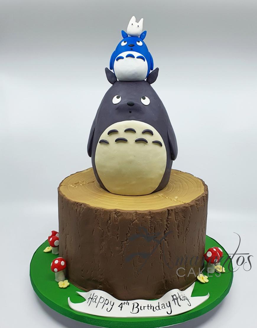 Totoro Cake - AC342 - Amarantos Cakes