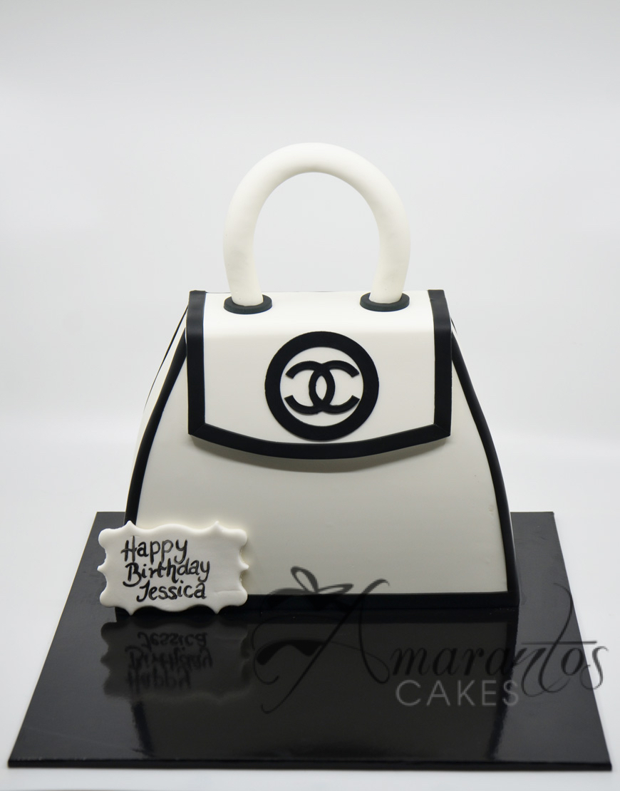NC115 Chanel Handbag Cake