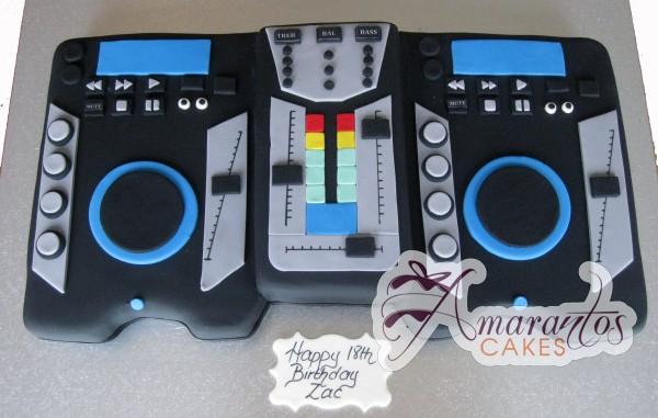 NC19 Amarantos Cakes