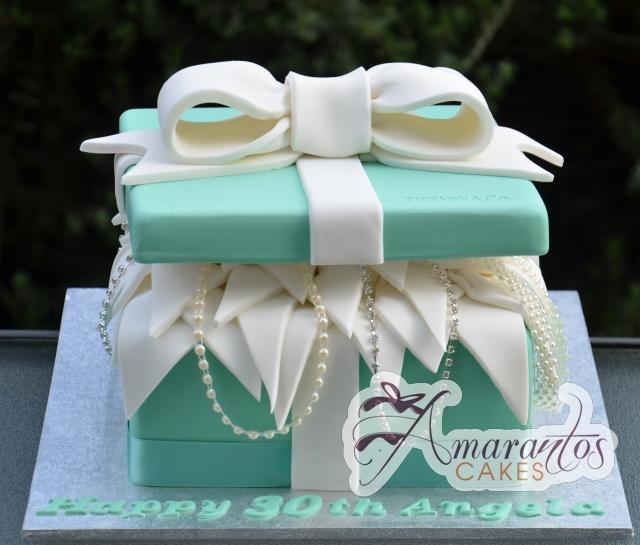 Tiffany Box birthday cake - Amarantos Designer Cakes Melbourne