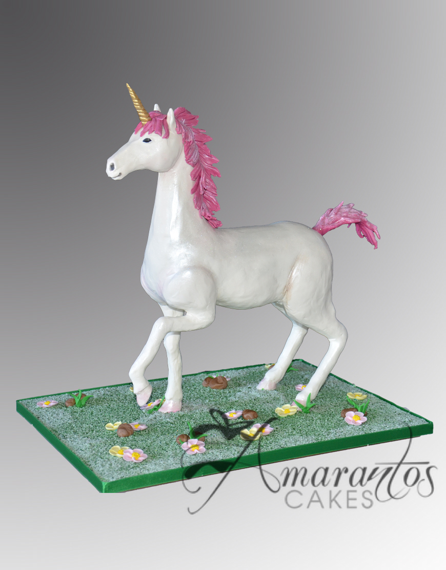 Unicorn cake NC241