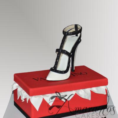 NC45 Shoe with box cake