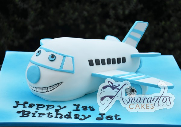 NC5392 Amarantos Cakes