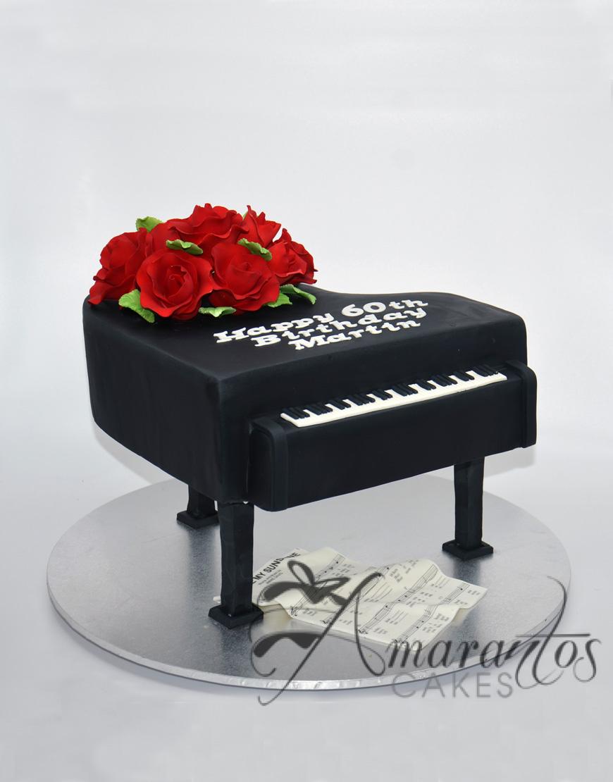 Grand Piano cake NC811